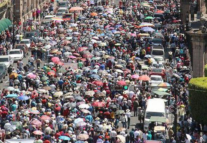 Las caravanas de la CNTE prevén llegar a Ayotzinapa los días 16 y 17. (Archivo/Notimex)