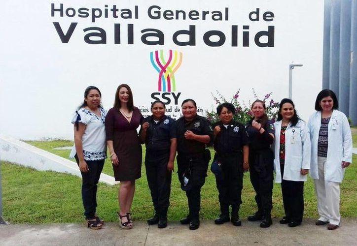 Trabajadores del Ayuntamiento de Valladolid desde muy temprano acudieron a donar sangre en el Hospital General del municipio. (Milenio Novedades)