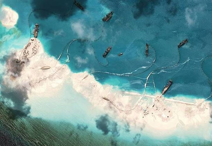 China admitió la creación de las islas en el Mar de la China Meridional destinadas a defensa militar. (amti.csis.org)