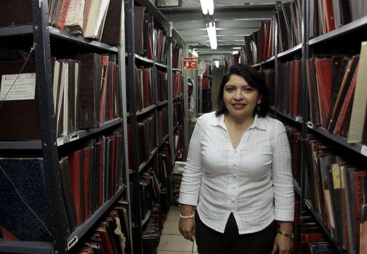 Martha Góngora Sánchez, directora del Registro Civil, sugiere comprobar cómo suena en conjunto el nombre que se quiere para un bebé antes de asentarlo. (Juan Albornoz/SIPSE)