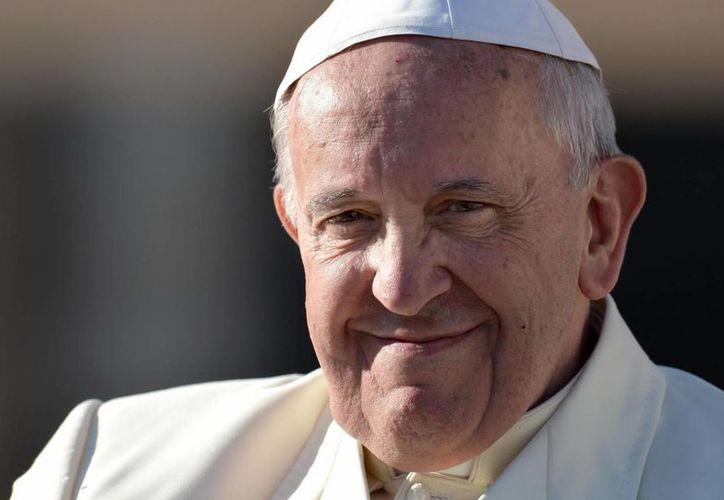 El Pontífice también trabajó limpiado suelos y en un laboratorio científico. (EFE)