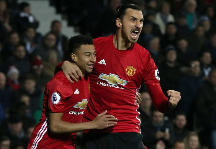 Zlatan Ibrahimovic lleva 11 goles en la temporada 2016-2017 de la Liga Premier, con el Manchester United de Inglaterra.(Nick Potts/AP)