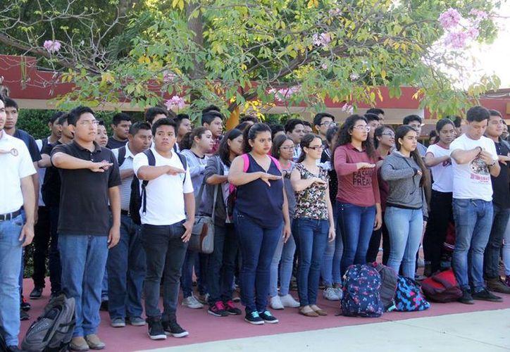 Será hasta el otro semestre, el de enero a junio, cuando se ofrezcan otros nuevos 750 cupos. (Facebook: Tec de Mérida)
