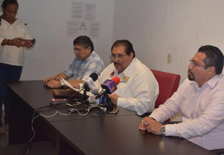 El titular de la Fiscalía General de Estado dio la información en una conferencia de prensa. (Redacción)