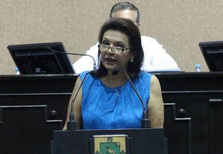 La diputada Sofía Castro Romero durante su intervención en la sesión de este martes. (Cortesía)