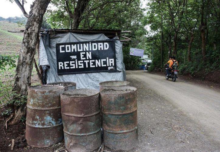 La mina Progreso VII Derivadas en La Puya, Guatemala, es el centro de un litigio entre la comunidad indígena y la empresa que explota los yacimientos. (vice.com)