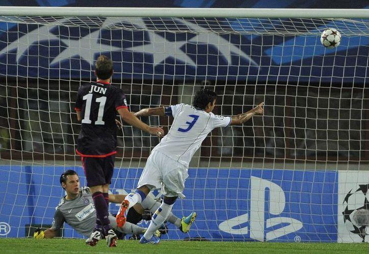 Lucho González (55') selló los tres puntos para el equipo portugués. (Agencias)