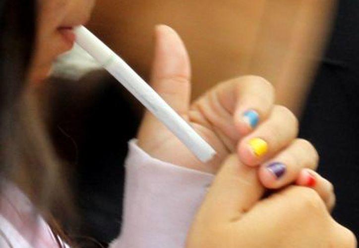 El cigarro es una de las principales causas del cáncer de pulmón. El año pasado se registraron en el HGR No.1 del IMSS  80 casos nuevos de esta enfermedad. (Milenio Novedades)