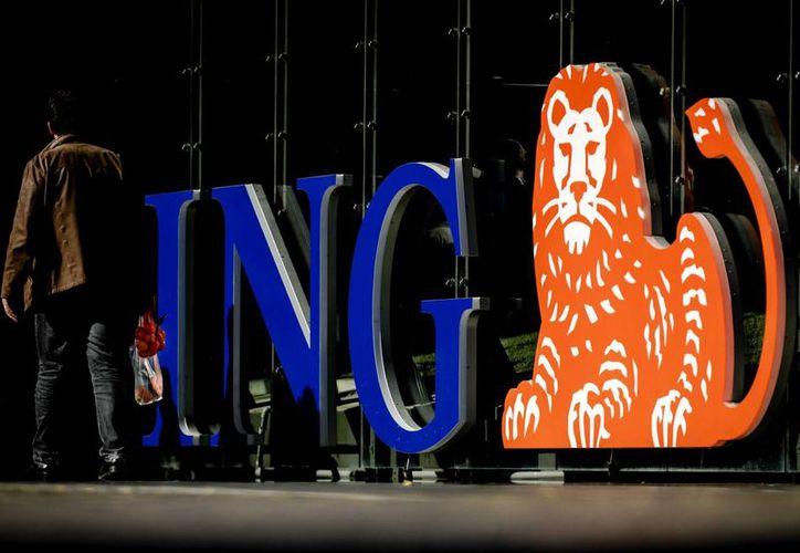 El grupo financiero holandés ING busca ahorrar 900 millones de euros anuales hasta 2021. (EFE)
