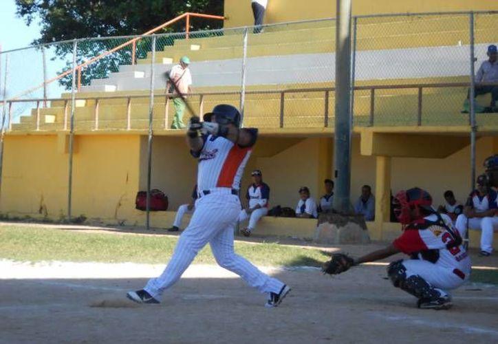Falta disputar un boleto para la postemporada del béisbol estatal. (Redacción/SIPSE)