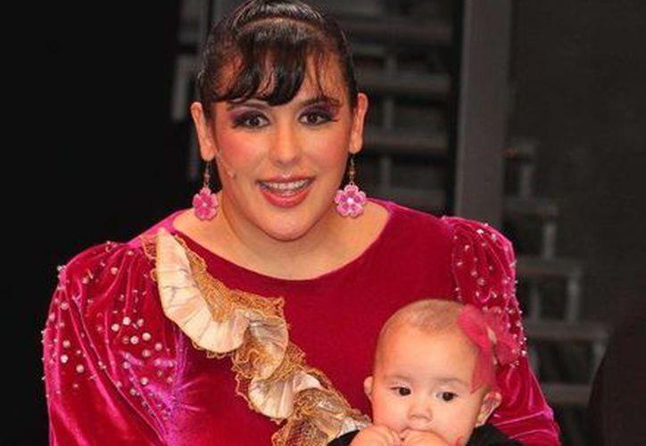 Angélica Vale viajara con su pequeña Angélica Maciel y es posible que la presente al público yucateco. (SIPSE)