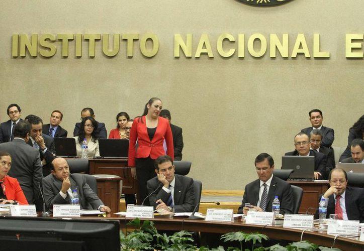 Este miércoles el INE conocerá los detalles de la implementación del sistema de fiscalización de gastos de los partidos. (Notimex)