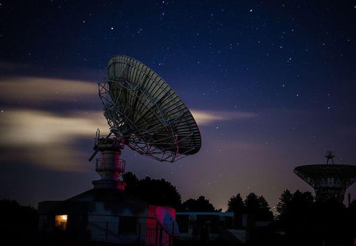 Las ráfagas fueron encontradas a 'solo' unos 425 millones de años luz de la tierra. (RT Noticias)