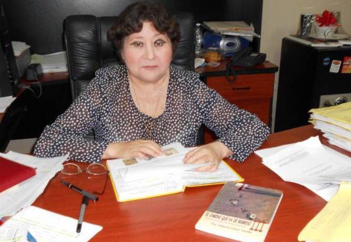 Desde este jueves 27 de octubre y hasta el 31 de enero del próximo año, el  Juzgado Primero Penal de Yucatán estará en la mira del Poder Judicial por la presunta falsificación de la firma de la juez Rubí González Alpuche (en la foto). (SIPSE)