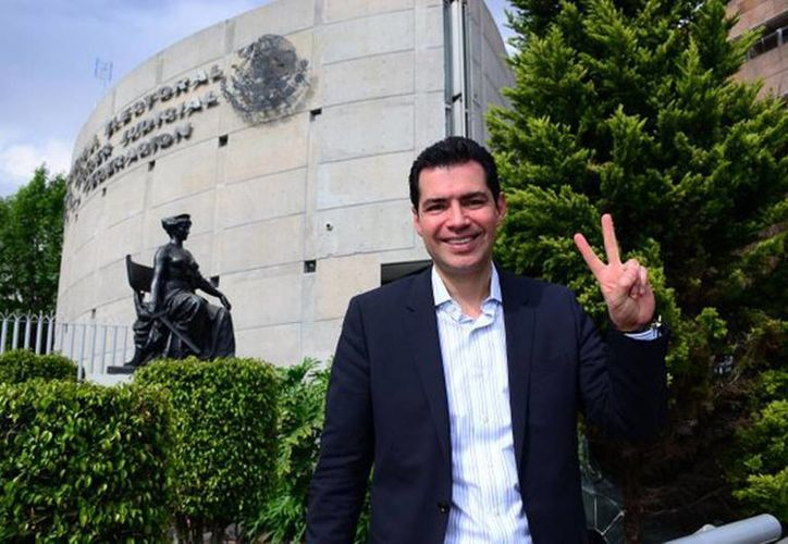 """""""Soy un candidato electo por las bases, por la militancia, no soy una imposición"""", aseguró Rafael Flores Mendoza. (@Rafael_FloresM)"""