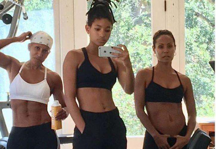 Adrienne Banfield-Jones, Willow Smith y Jada Pinkett Smith deslumbran en Instagram por sus figuras atléticas. (Instagram)