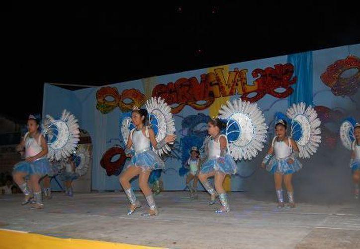 Las convocatorias del carnaval se darán a conocer en las instituciones educativas y medios de comunicación. (Redacción/SIPSE)