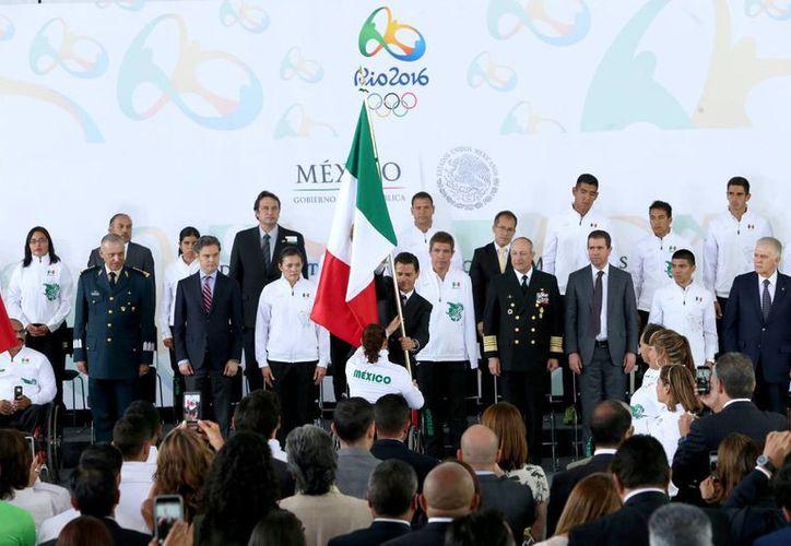 Enrique Peña Nieto compartió un mensaje motivacional para los deportistas que representarán a México durante los próximos días en Río de Janeiro.(Notimex)
