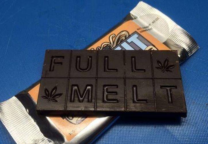 La barra de la imagen es de chocolate con marihuana, y cada pieza contiene 10 miligramos de THC la sustancia activa de la droga. (Foto: Trevor Hugher, USA Today)