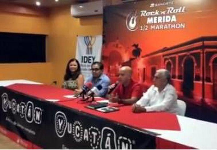 Este viernes se dieron a conocer los pormenores acerca del Medio Maraton del Rock and Roll Mérida, en el que habrá miles de corredores y la presencia de famosos como Café Tacvba, Zague, entre otros. (SIPSE)