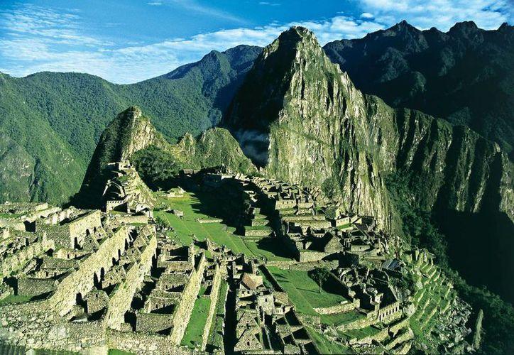 El santuario histórico y natural de Macchu Picchu tiene un total de 32 mil 592 hectáreas donde se conservan cuatro mil 187 especies de fauna y flora. (Archivo/EFE)
