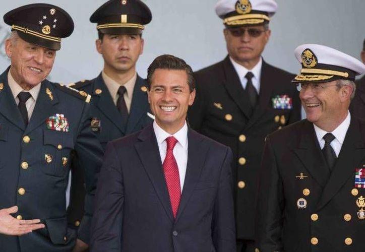 Analistas consideran que la propuesta del presidente Peña Nieto abrirá la puerta, en primera instancia, a funcionarios de la DEA. (Presidencia)