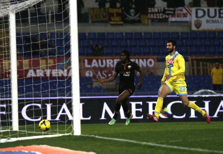 Gervinho abrió el marcador al minuto 13 pero también lo selló al 88. (Agencias)