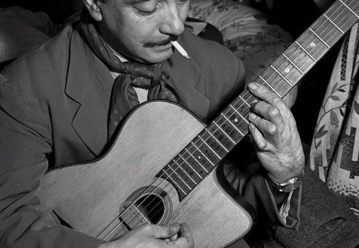 Django Reinhardt(foto) fue un virtuoso guitarrista, revolucionó el toque de guitarra en el jazz europeo. (SIPSE)