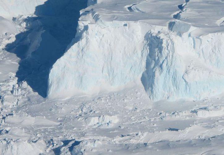 La comunidad científica advierte que el deshielo de la Antártida podría ser mucho antes de lo esperado. (Wikipedia)