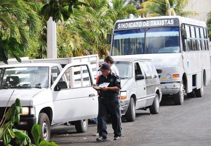 Se registró la participación de alrededor de 95 vehículos, incluyendo particulares, sindicatos, hoteles y otros negocios. (Cortesía/SIPSE)