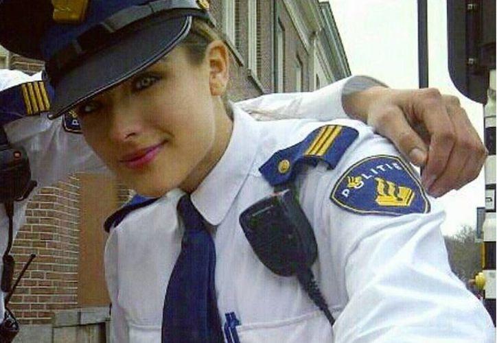 Nochtli, la policía mexicana que rompe corazones en Holanda
