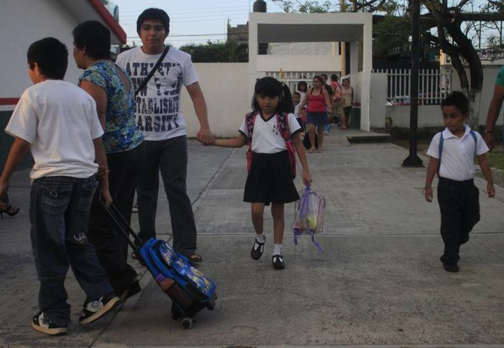 El programa mochila segura se aplicrá en todo el ciclo escolar. (Archivo/SIPSE)
