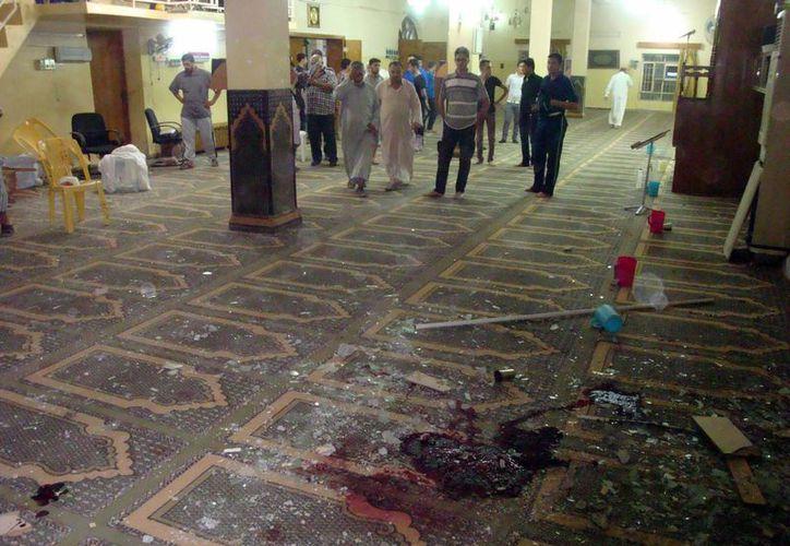 Interior de una mezquita en Kirkuk, Irak, donde se produjo un atentado terrorista en julio. (EFE/Foto de contexto)