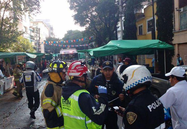Presuntamente, el conductor del vehículo iba a exceso de velocidad. (Foto: W Radio México/Twitter)