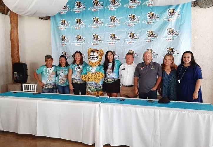 Ayer fue presentada la primera carrera del Club Jaguares Cancún. (Raúl Caballero/SIPSE)