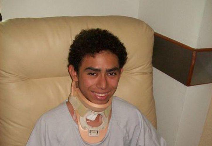 Luis Armando Loría Cetina ya se recupera del accidente. (SIPSE)