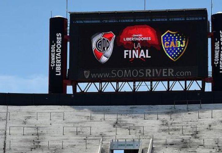 La Conmebol anunció este martes que el partido de la final de la Copa Libertadores se jugará entre el 8 y  9 de diciembre en una sede fuera de Argentina. (Getty Images)