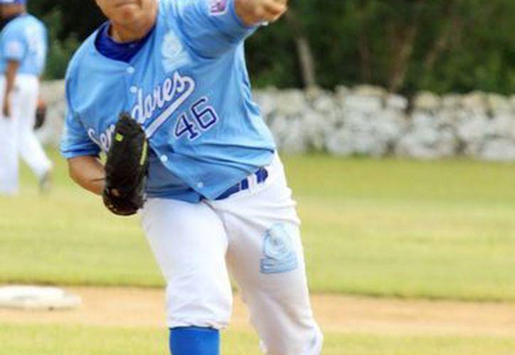 Omar Nieblas será uno de los lanzadores en las semifinales de la Liga Meridana de Beisbol. (SIPSE)