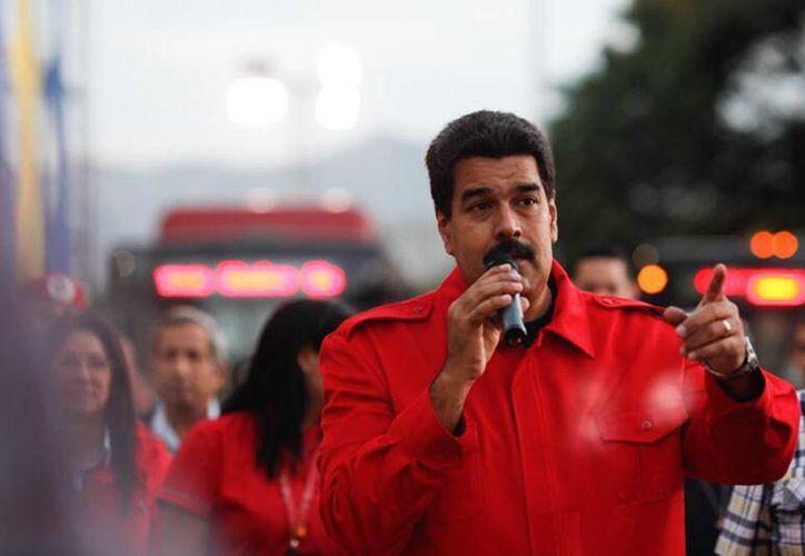 Nicolás Maduro anunció este jueves que instruyó a la ministra del Poder Popular para la Comunicación y la Información, Delcy Rodríguez, iniciar el proceso administrativo para sacar de Venezuela las transmisiones de la cadena norteamericana CNN, si no rectifican. (Twitter)