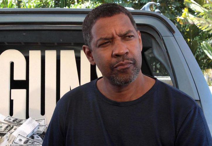 """Denzel Washington se prepara para lucirse con la obra de teatro """"A Raisin in the Sun"""". (EFE/Archivo)"""