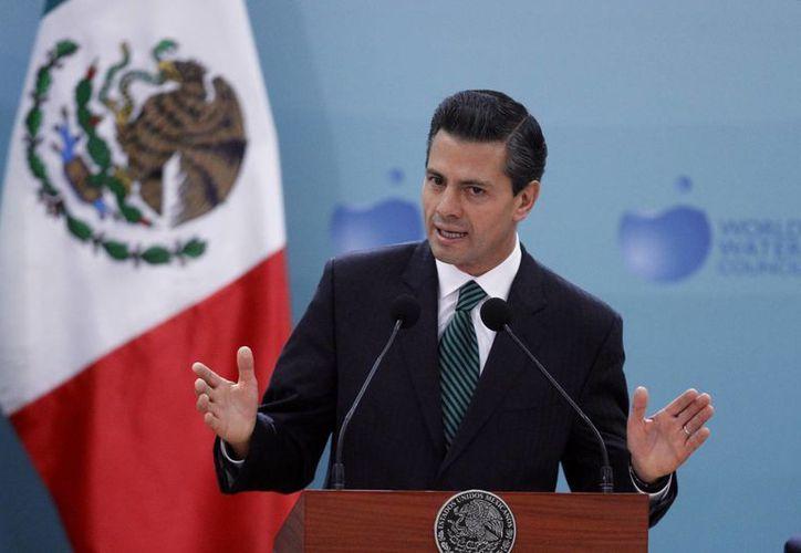 Peña Nieto anunció una inversión de 415 mil millones de pesos para obras hidráulicas en el país. (Notimex)