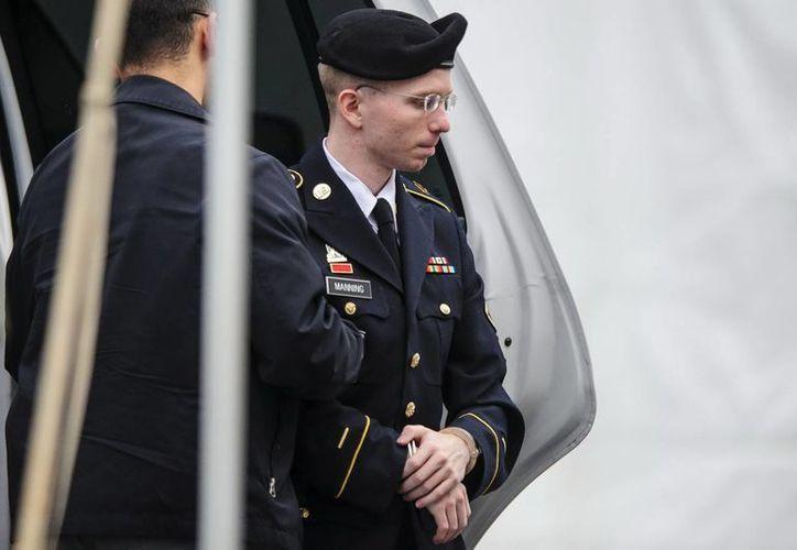 El cargo más grave al que se enfrenta el soldado de 25 años es el de 'ayuda al enemigo'. (Archivo/EFE)