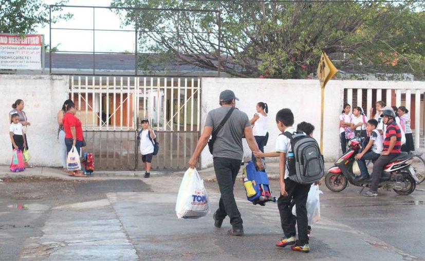 Los alumnos no tendrán clases el próximo lunes. (Daniel Tejada/SIPSE)