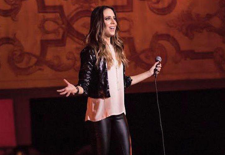 Sofía Niño de Rivera se encuentra realizando su gira 'No es el de Netflix', con la cual se presentará en Cancún, Villahermosa, Ciudad del Carmen y Mérida. (Facebook/ SNR)