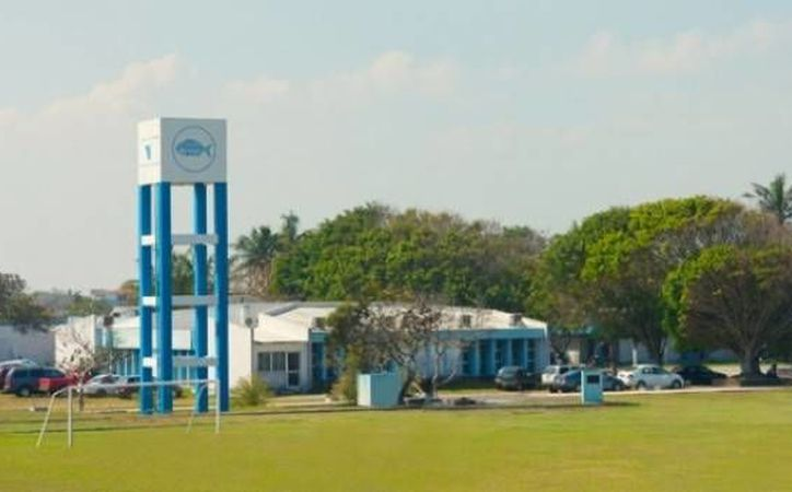 Los estudiantes del Tecnológico de Boca del Río aseguran que su plantel es muy lejano y por ello es blanco fácil de la delincuencia organizada. (ultra.com.mx)