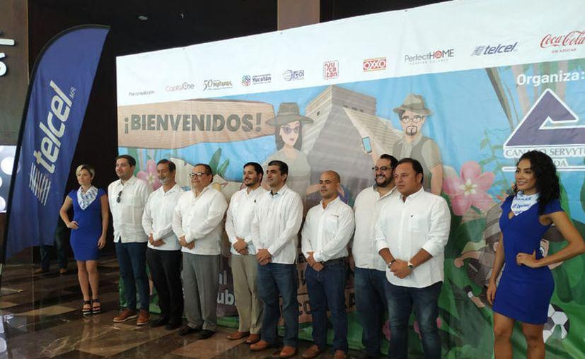 Se realizó una rueda de prensa para dar a conocer los pormenores del evento. (Candelario Robles/Novedades Yucatán)