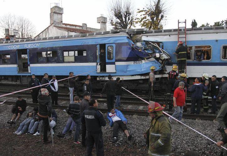 El accidente de este jueves dejó tres muertos y más de 300 heridos. (Agencias)