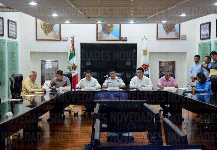 Rodolfo del Ángel Campos compareció ante el Congreso del Estado. (Benjamín Pat/SIPSE)