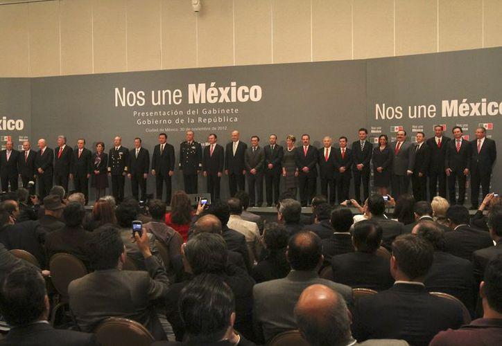 Este viernes fue presentado el gabinete de Enrique Peña Nieto, en ceremonia encabezada por Miguel Osorio Chong. (Notimex)