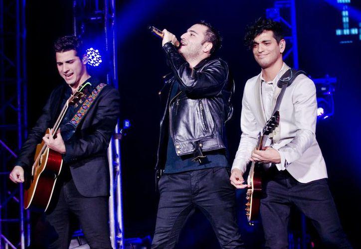 Reik se presentó ante el público regio con un gran concierto en el que presentaron sus grandes éxitos, durante más una hora de show.(Notimex)